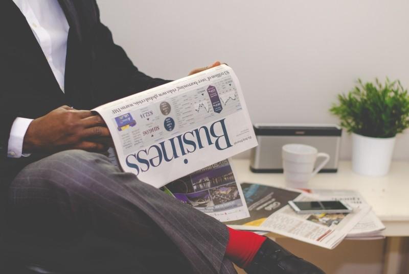 suite-business-man-success